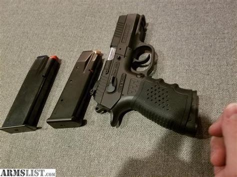 ARMSLIST - For Sale: SAR ARMS K2P 9mm + Fobus +Spare Mag