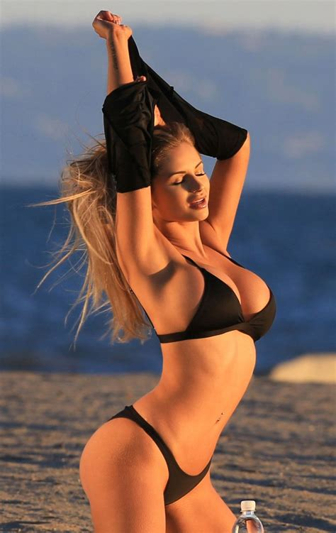 Amy Lee Summers Sexy (50 Photos) | #TheFappening