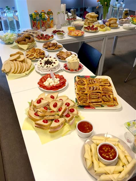 Company Breakfast in the Spirit of New Ideas - Millennium