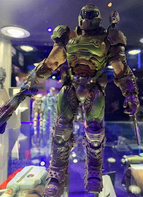 """More Images Of The McFarlane Toys 7"""" Doom Slayer Figure At E3"""