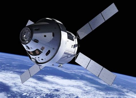 Different vehicles - different purposes: Orion and the