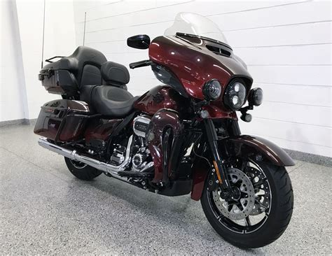 The all new 2018 CVO Ultra Limited featured in Burgundy