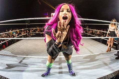 WWE's Best Booking Options for Sasha Banks to Regain Lost