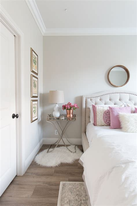 Decorating: Benjamin Moore Classic Gray For Your Home