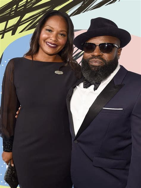 Black Thought On His Beard - Essence