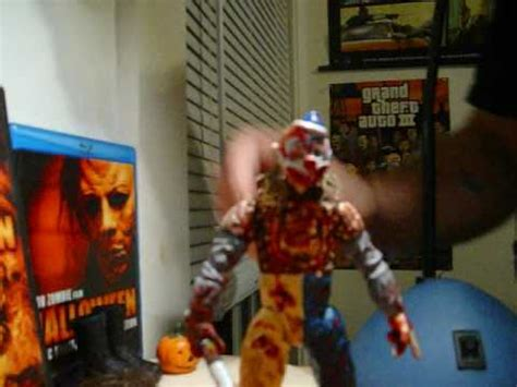 REVIEW OF MY CUSTOM YOUNG MICHAEL MYERS FIGURE & BASE FROM