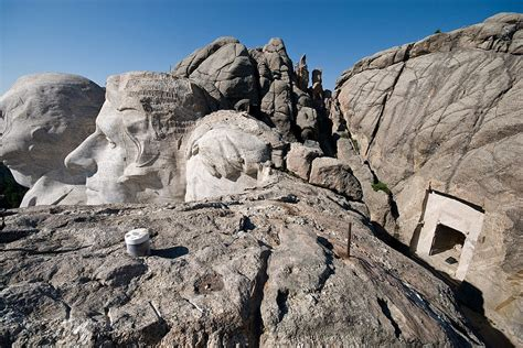 The secret room behind Abraham Lincoln's face on Mount