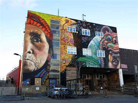 Martin Ron & Jiant collaborate on a new mural in Hackney