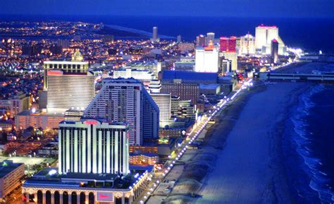 Lackluster July Numbers for New Jersey Poker, Live and Online